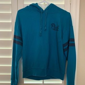 Pullover hoodie, shorter style